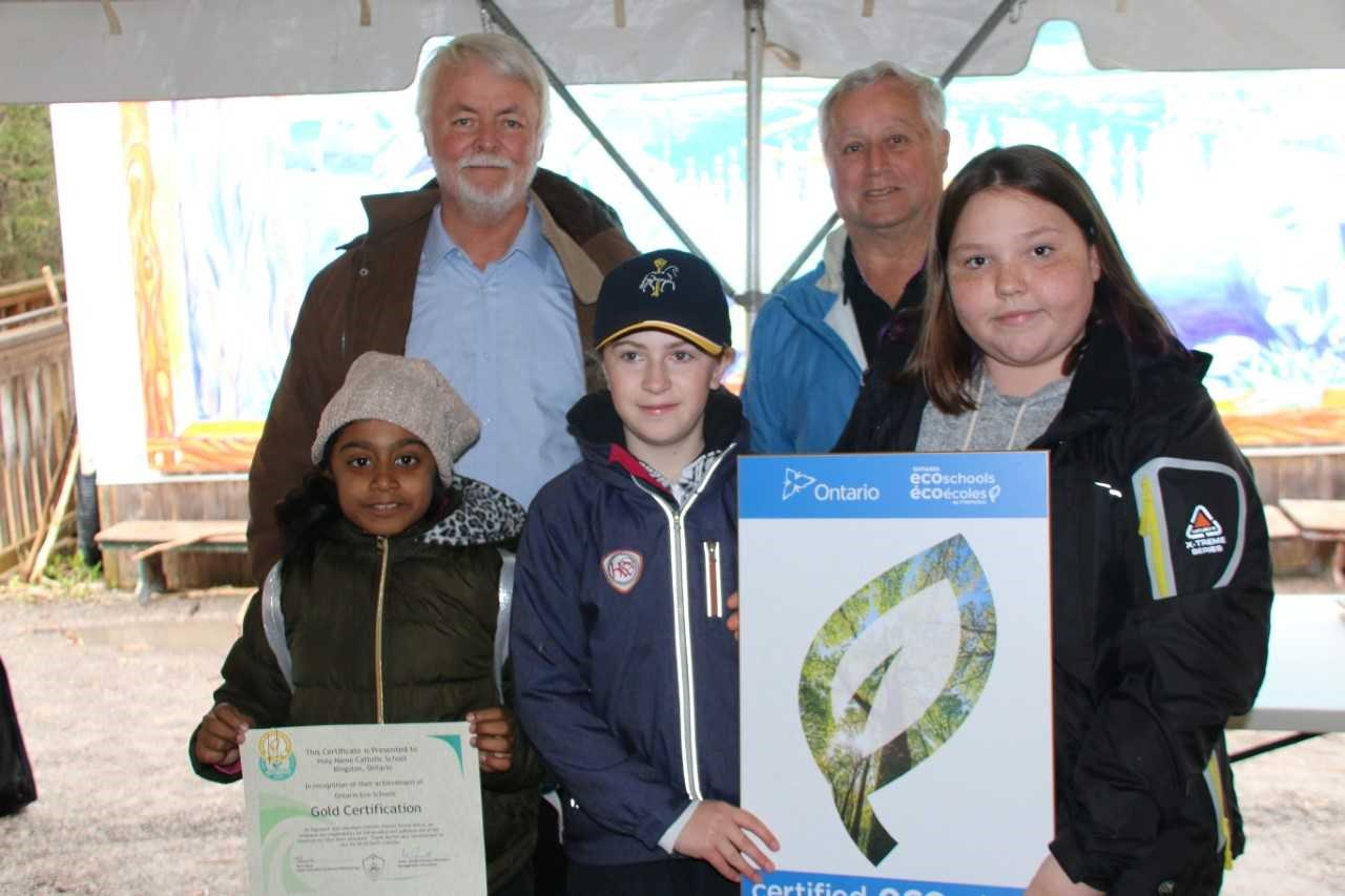 Students receiving ECO Gold certification